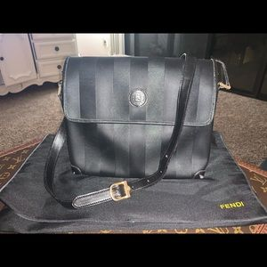 Authentic fendi vintage pequin crossbody bag